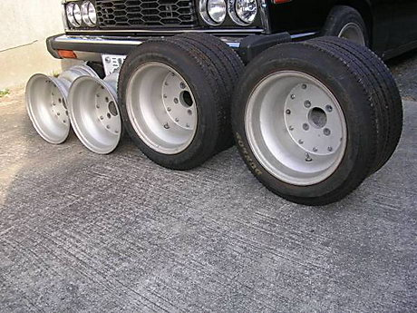 SSR mk1 rims: 9.5J (front) and 11J (rear) wide