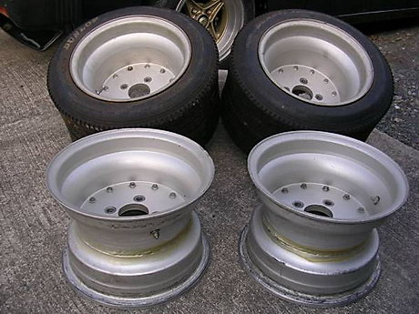 Deep dish SSR mk1 rims: 9.5J (front) and 11J (rear) wide