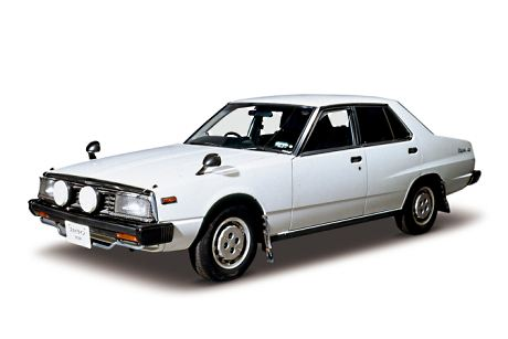 Factory stock facelifted Nissan Skyline C210