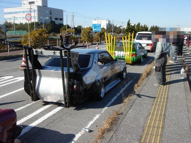 Nissan Skyline C210 with hatstand exhausts