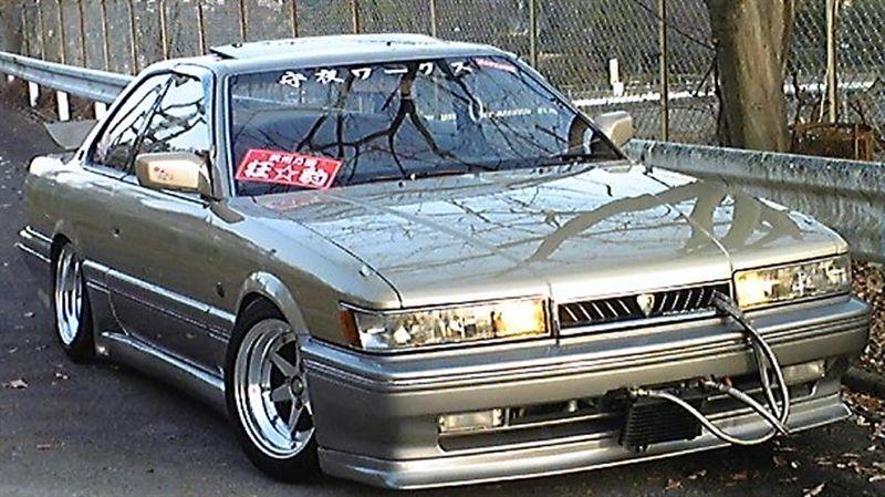 Nissan Leopard F31 zokusha