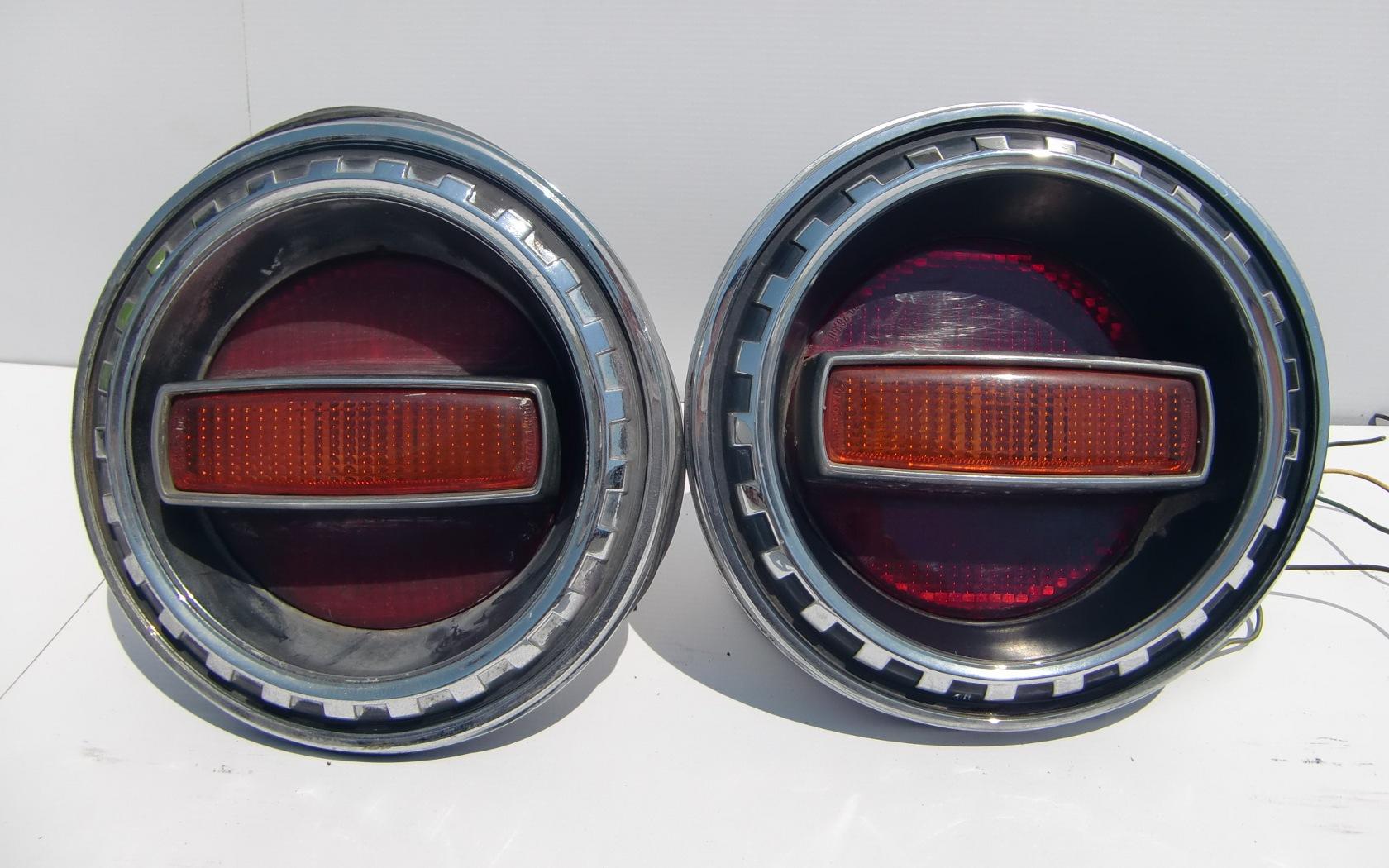 Nissan Cherry X-1R tail lights