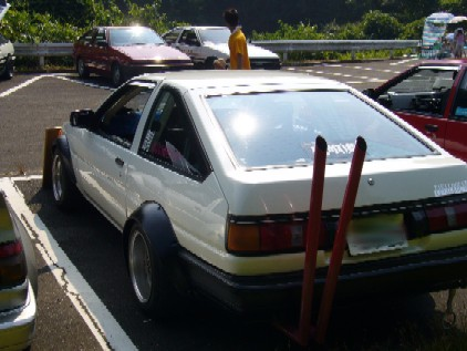 AE86 with a victory exhaust